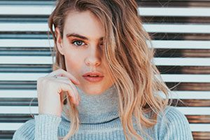 How to Balayage Your Way Into Sweater Weather