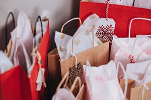 6 Must-Haves For Your Salon Ho, Ho Holiday Retail